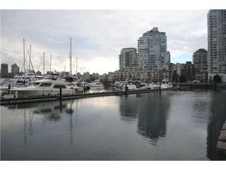 "Photo 3: 2306 1067 MARINASIDE Crescent in Vancouver: Yaletown Condo for sale in ""QUAYWEST II"" (Vancouver West)  : MLS®# V919623"