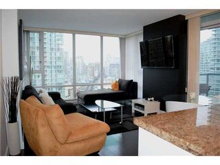 "Photo 5: 2306 1067 MARINASIDE Crescent in Vancouver: Yaletown Condo for sale in ""QUAYWEST II"" (Vancouver West)  : MLS®# V919623"