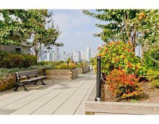 Photo 9: 104 388 W 1ST Avenue in Vancouver: False Creek Condo for sale (Vancouver West)  : MLS®# V979976