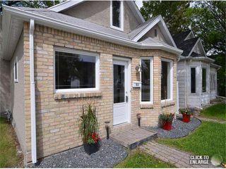 Photo 2: 651 Manhattan Avenue in WINNIPEG: East Kildonan Single Family Detached for sale (North East Winnipeg)  : MLS®# 1311281