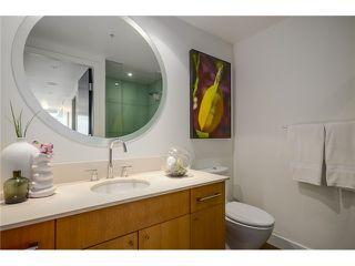 """Photo 18: 805 1455 HOWE Street in Vancouver: Yaletown Condo for sale in """"POMARIA"""" (Vancouver West)  : MLS®# V1059376"""