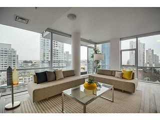 """Photo 3: 805 1455 HOWE Street in Vancouver: Yaletown Condo for sale in """"POMARIA"""" (Vancouver West)  : MLS®# V1059376"""