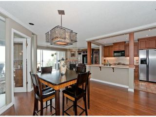 "Photo 11: 305 15025 VICTORIA Avenue: White Rock Condo for sale in ""Victoria Terrace"" (South Surrey White Rock)  : MLS®# F1412030"