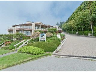 "Photo 4: 305 15025 VICTORIA Avenue: White Rock Condo for sale in ""Victoria Terrace"" (South Surrey White Rock)  : MLS®# F1412030"