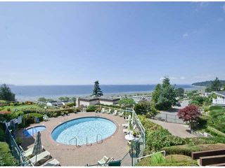 "Photo 1: 305 15025 VICTORIA Avenue: White Rock Condo for sale in ""Victoria Terrace"" (South Surrey White Rock)  : MLS®# F1412030"
