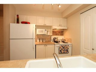 "Photo 10: 104 3733 NORFOLK Street in Burnaby: Central BN Condo for sale in ""WINCHELSEA"" (Burnaby North)  : MLS®# V1088113"