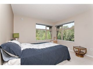 Photo 7: 303 300 KLAHANIE Drive in Port Moody: Port Moody Centre Home for sale ()  : MLS®# V970097