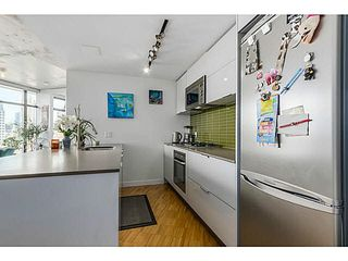 "Photo 6: 2108 128 W CORDOVA Street in Vancouver: Downtown VW Condo for sale in ""WOODWARDS W-43"" (Vancouver West)  : MLS®# V1140977"