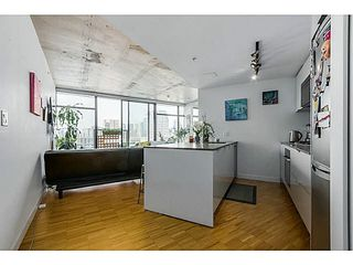 "Photo 2: 2108 128 W CORDOVA Street in Vancouver: Downtown VW Condo for sale in ""WOODWARDS W-43"" (Vancouver West)  : MLS®# V1140977"