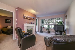 "Photo 5: 212 9650 148 Street in Surrey: Guildford Condo for sale in ""Hartford Woods"" (North Surrey)  : MLS®# R2005610"