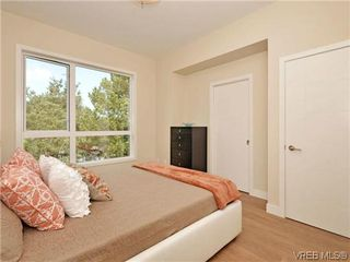 Photo 11: 9 1060 Tillicum Rd in VICTORIA: Es Kinsmen Park Row/Townhouse for sale (Esquimalt)  : MLS®# 717794