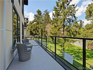 Photo 18: 9 1060 Tillicum Rd in VICTORIA: Es Kinsmen Park Row/Townhouse for sale (Esquimalt)  : MLS®# 717794