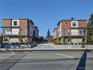 Photo 19: 9 1060 Tillicum Rd in VICTORIA: Es Kinsmen Park Row/Townhouse for sale (Esquimalt)  : MLS®# 717794