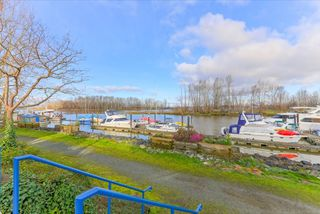 "Photo 16: 105 4733 W RIVER Road in Delta: Ladner Elementary Condo for sale in ""RIVER WEST"" (Ladner)  : MLS®# R2046869"