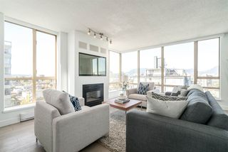 "Photo 5: 901 1405 W 12TH Avenue in Vancouver: Fairview VW Condo for sale in ""THE WARRENTON"" (Vancouver West)  : MLS®# R2053078"