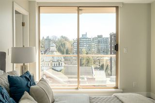 "Photo 17: 901 1405 W 12TH Avenue in Vancouver: Fairview VW Condo for sale in ""THE WARRENTON"" (Vancouver West)  : MLS®# R2053078"