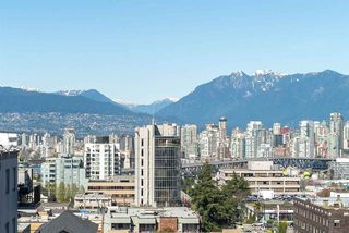 "Photo 19: 901 1405 W 12TH Avenue in Vancouver: Fairview VW Condo for sale in ""THE WARRENTON"" (Vancouver West)  : MLS®# R2053078"