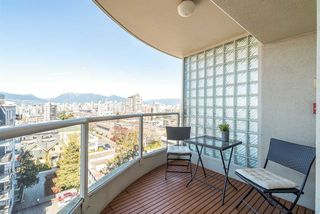 "Photo 10: 901 1405 W 12TH Avenue in Vancouver: Fairview VW Condo for sale in ""THE WARRENTON"" (Vancouver West)  : MLS®# R2053078"