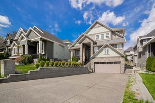 Photo 1: 18875 54 Avenue in Surrey: Cloverdale BC House for sale (Cloverdale)  : MLS®# R2062146