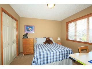 Photo 17: 18 WEST POINTE Manor: Cochrane House for sale : MLS®# C4072318
