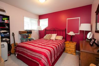 Photo 10: 19127 DOERKSEN Drive in Pitt Meadows: Central Meadows House for sale : MLS®# R2098711