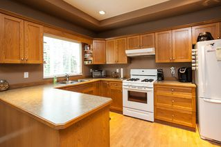 Photo 7: 19127 DOERKSEN Drive in Pitt Meadows: Central Meadows House for sale : MLS®# R2098711