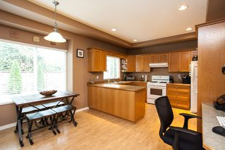 Photo 6: 19127 DOERKSEN Drive in Pitt Meadows: Central Meadows House for sale : MLS®# R2098711