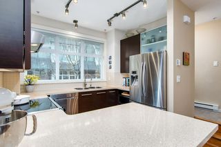 "Photo 8: 3850 WELWYN Street in Vancouver: Victoria VE Townhouse for sale in ""Stories"" (Vancouver East)  : MLS®# R2136564"