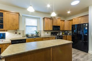 """Photo 4: 24330 MCCLURE Drive in Maple Ridge: Albion House for sale in """"MAPLE CREST"""" : MLS®# R2140422"""