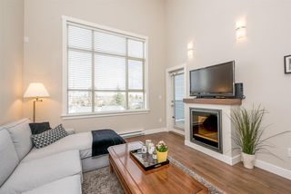 """Photo 4: 405 19936 56 Avenue in Langley: Langley City Condo for sale in """"BEARING POINTE"""" : MLS®# R2143916"""