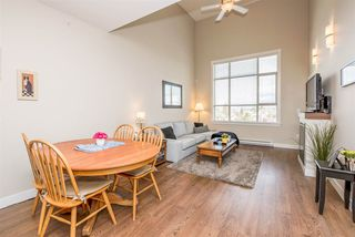 """Photo 2: 405 19936 56 Avenue in Langley: Langley City Condo for sale in """"BEARING POINTE"""" : MLS®# R2143916"""