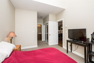 """Photo 14: 405 19936 56 Avenue in Langley: Langley City Condo for sale in """"BEARING POINTE"""" : MLS®# R2143916"""