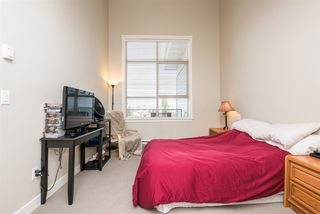 """Photo 13: 405 19936 56 Avenue in Langley: Langley City Condo for sale in """"BEARING POINTE"""" : MLS®# R2143916"""