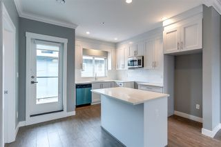 Photo 3: 2 2321 RINDALL Avenue in Port Coquitlam: Central Pt Coquitlam Townhouse for sale : MLS®# R2176153