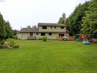 Photo 17: 1583 Whiffin Spit Rd in SOOKE: Sk Whiffin Spit Single Family Detached for sale (Sooke)  : MLS®# 762828