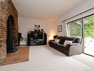Photo 3: 1583 Whiffin Spit Rd in SOOKE: Sk Whiffin Spit Single Family Detached for sale (Sooke)  : MLS®# 762828