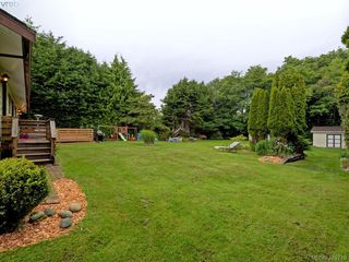 Photo 19: 1583 Whiffin Spit Rd in SOOKE: Sk Whiffin Spit Single Family Detached for sale (Sooke)  : MLS®# 762828