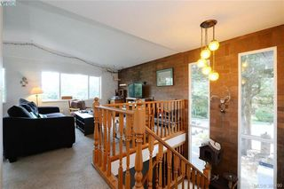 Photo 2: 1005 Bristol Rd in VICTORIA: SE Quadra Single Family Detached for sale (Saanich East)  : MLS®# 764399