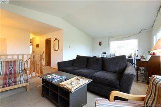Photo 5: 1005 Bristol Rd in VICTORIA: SE Quadra Single Family Detached for sale (Saanich East)  : MLS®# 764399