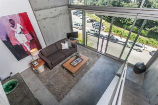 """Photo 6: 512 1540 W 2ND Avenue in Vancouver: False Creek Condo for sale in """"WATERFALL BUILDING BY ARTHER ERI"""" (Vancouver West)  : MLS®# R2186544"""