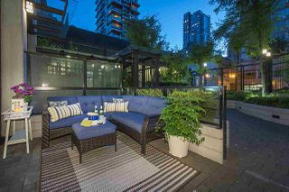 "Photo 8: 1283 SEYMOUR Street in Vancouver: Downtown VW Townhouse for sale in ""ELAN"" (Vancouver West)  : MLS®# R2193093"