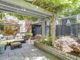 "Photo 18: 5 960 W 13TH Avenue in Vancouver: Fairview VW Townhouse for sale in ""The Brickhouse"" (Vancouver West)  : MLS®# R2193892"
