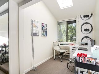 "Photo 15: 5 960 W 13TH Avenue in Vancouver: Fairview VW Townhouse for sale in ""The Brickhouse"" (Vancouver West)  : MLS®# R2193892"