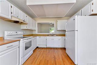 Photo 3: 23 7925 Simpson Road in SAANICHTON: CS Saanichton Townhouse for sale (Central Saanich)  : MLS®# 382467