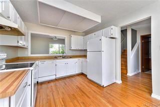 Photo 2: 23 7925 Simpson Road in SAANICHTON: CS Saanichton Townhouse for sale (Central Saanich)  : MLS®# 382467