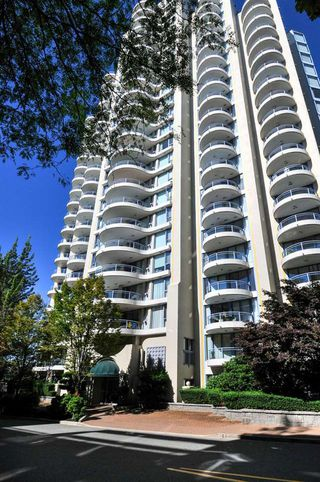 "Photo 1: 906 739 PRINCESS Street in New Westminster: Uptown NW Condo for sale in ""BERKLEY PLACE"" : MLS®# R2204179"