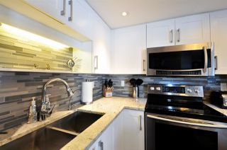 "Photo 10: 906 739 PRINCESS Street in New Westminster: Uptown NW Condo for sale in ""BERKLEY PLACE"" : MLS®# R2204179"