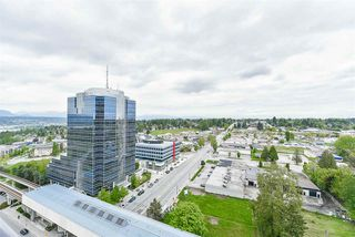 "Photo 3: 1710 10777 UNIVERSITY Drive in Surrey: Whalley Condo for sale in ""City Point"" (North Surrey)  : MLS®# R2205198"