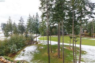 Photo 14: 321 1400 Lynburne Place in VICTORIA: La Bear Mountain Condo Apartment for sale (Langford)  : MLS®# 384929