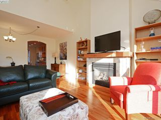 Photo 3: 18 10520 McDonald Park Road in NORTH SAANICH: NS McDonald Park Townhouse for sale (North Saanich)  : MLS®# 385279